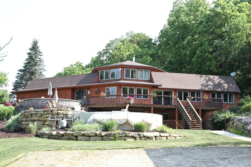 4378 COUNTY ROAD F, Vermont, WI 53517