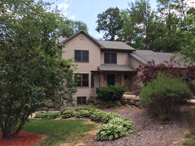 1991 Timber Lake Rd, Fitchburg, WI 53575