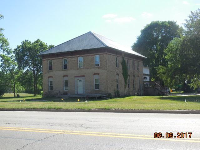 1105 Wisconsin Ave, Muscoda, WI 53573