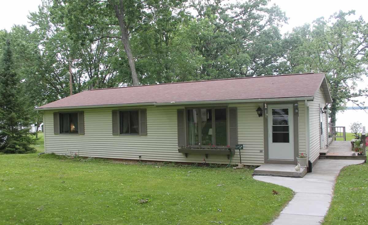 W6558 PUCKAWAY RD, Marquette, WI 53946