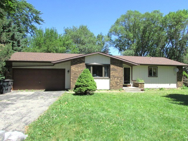 1416 W Wildwood Rd, Whitewater, WI 53190