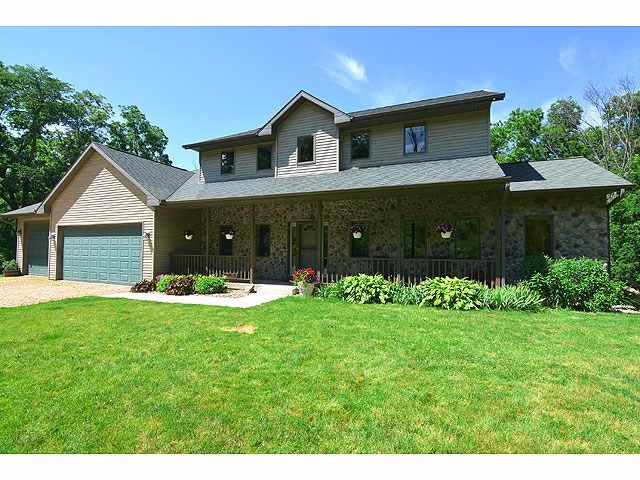 10784 TOPPER RD, Blue Mounds, WI 53517