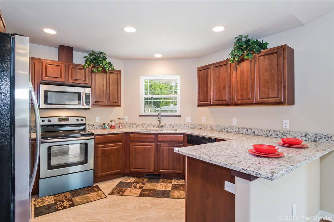 1803 DONDEE RD, Madison, WI 53716