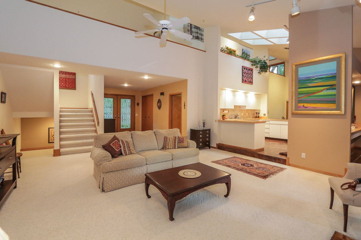 3009 Post Rd, Madison, WI 53713