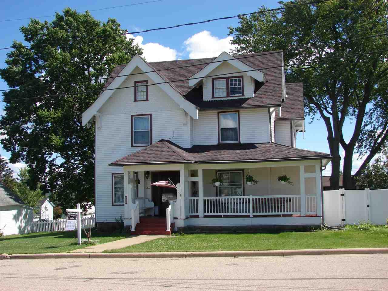 535 Washington St, Linden, WI 53553
