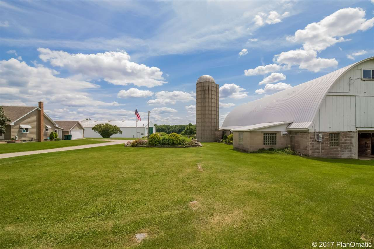 W2623 State Road 16, Watertown, WI 53094