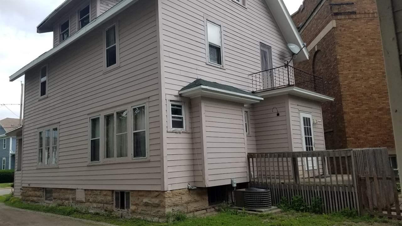 541 Washington Ave, Oshkosh, WI 54901