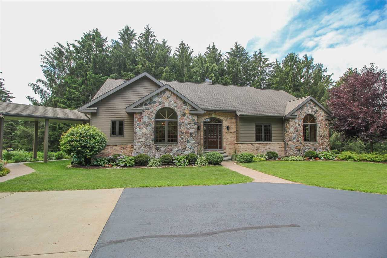 N4470 WHISPERING PINES LN, Oakland, WI 53523