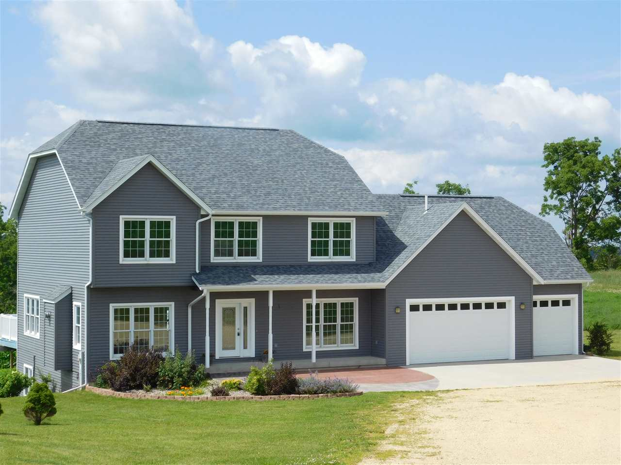4700 County Road ZZ, Dodgeville, WI 53533