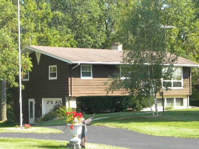 158 N King Lake Rd, Rutland, WI 53521