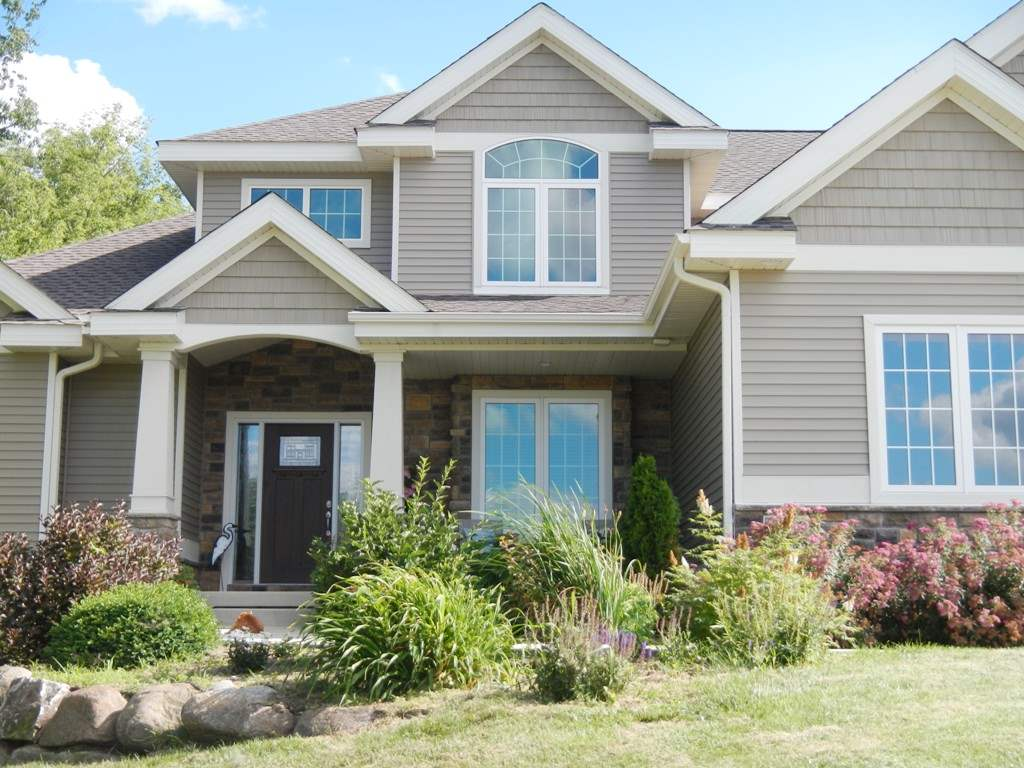 7327 Meadow Valley Rd, Middleton, WI 53562