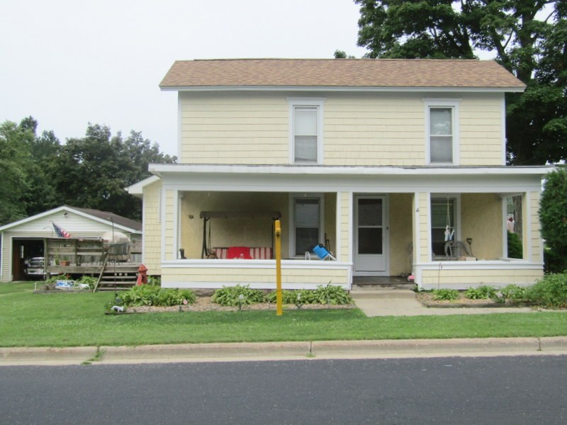 200 WARREN ST, Albany, WI 53502