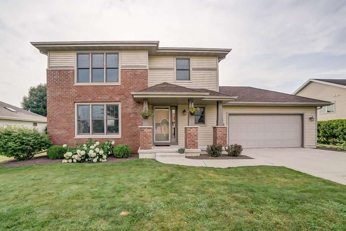 2868 CRINKLE ROOT DR, Fitchburg, WI 53711