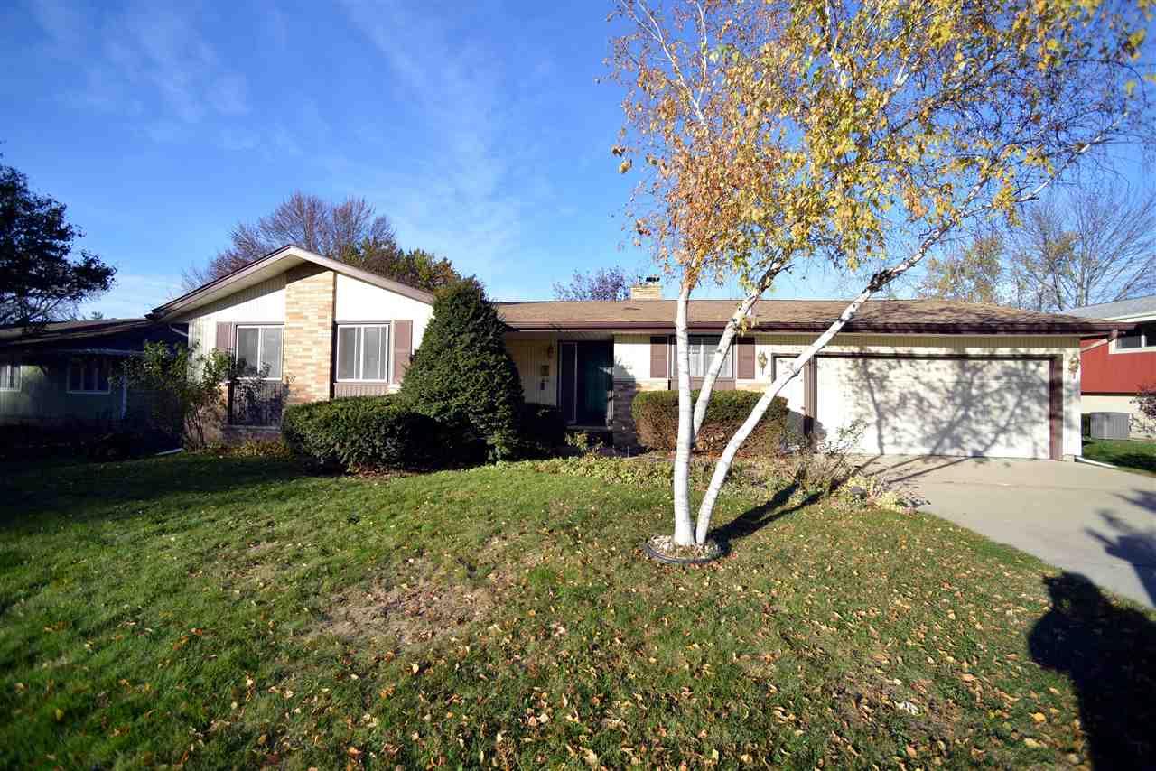810 MERRYTURN RD, Madison, WI 53714