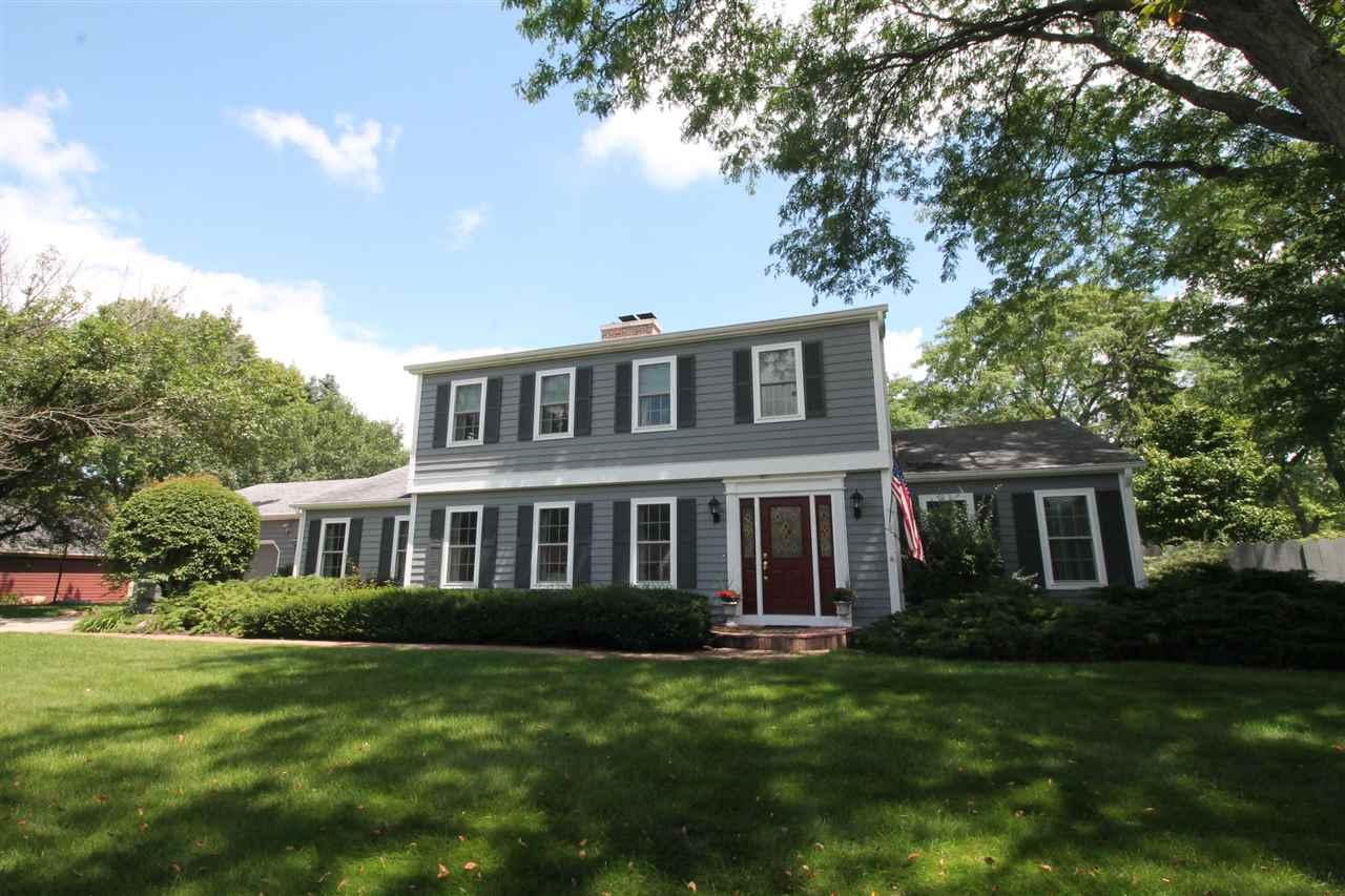 1900 Eastwood Ave, Janesville, WI 53545