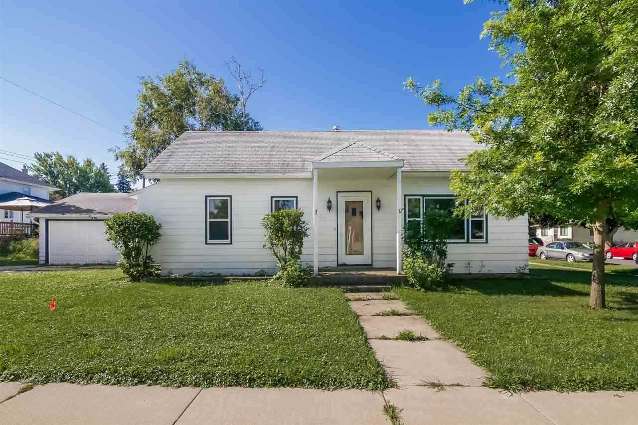 416 W FLORENCE ST, Cambria, WI 53923