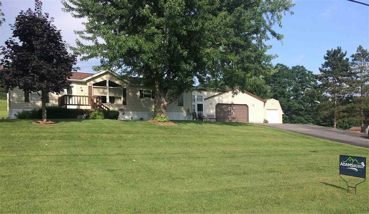 301 Dittman Hill Rd, Wauzeka, WI 53826