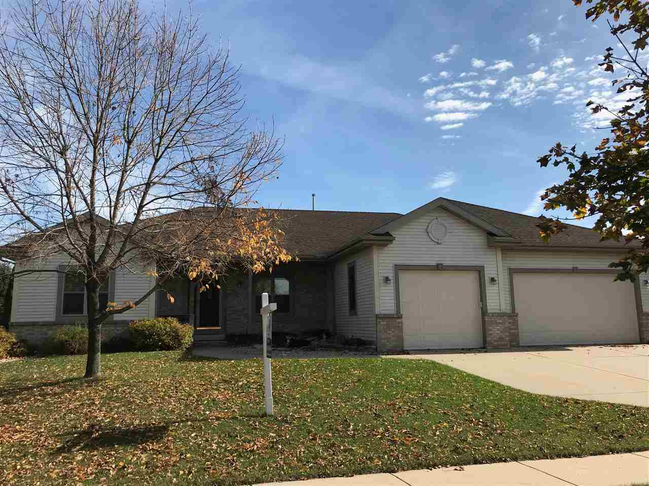713 WEALD BRIDGE RD, Cottage Grove, WI 53527