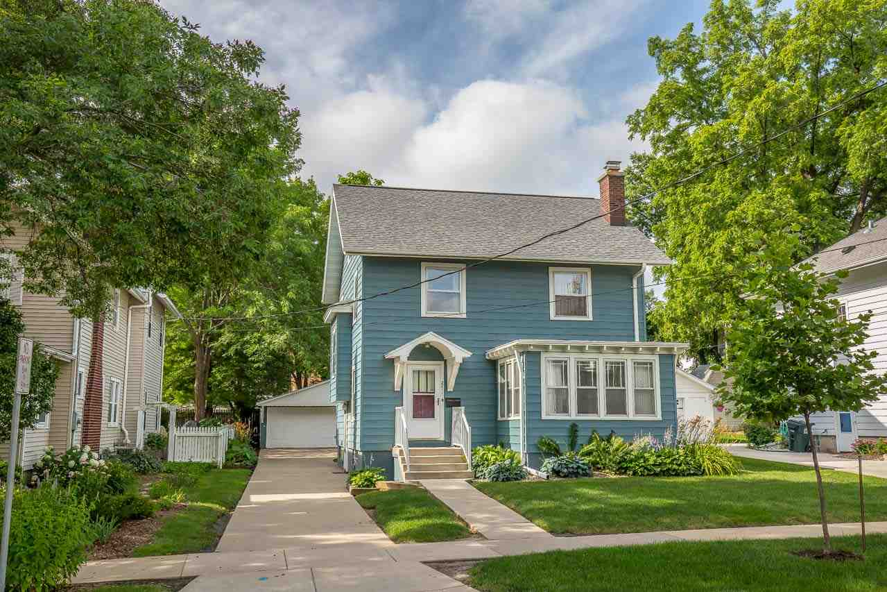 2211 CHADBOURNE AVE, Madison, WI 53726