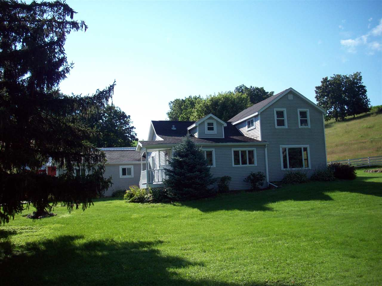 4952 County Road F, Black Earth, WI 53515