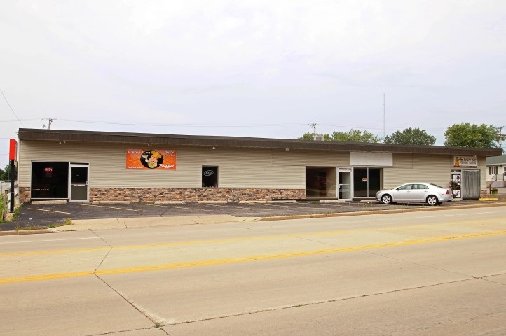 1210 N Bequette St, Dodgeville, WI 53533