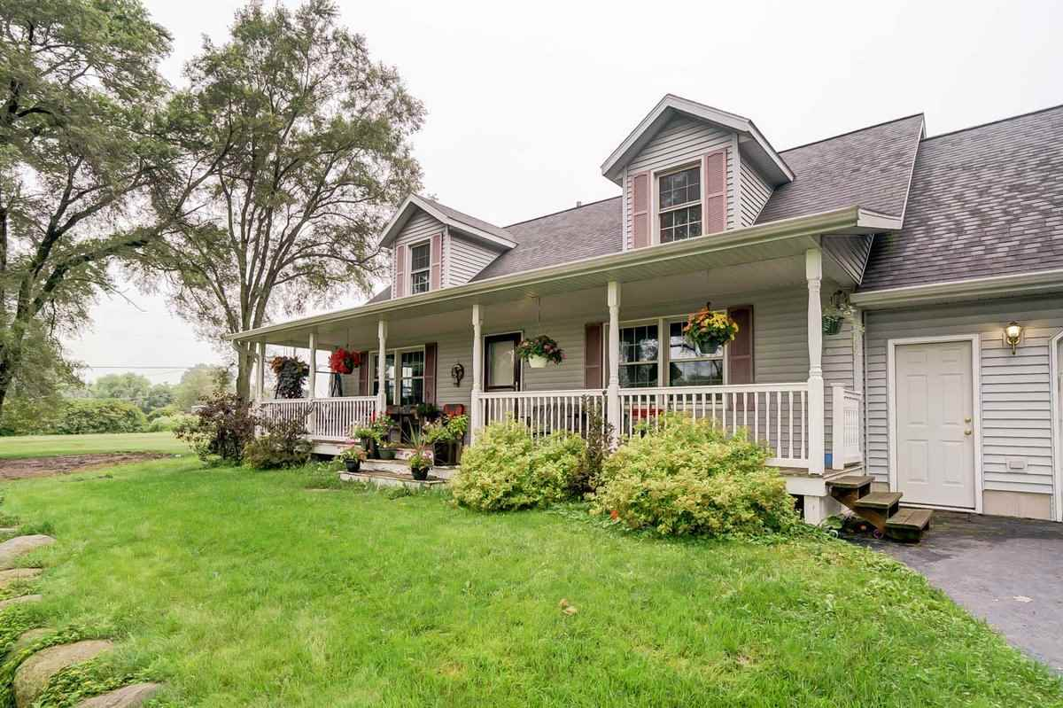 W5114 COWGILL RD, Lowville, WI 53960