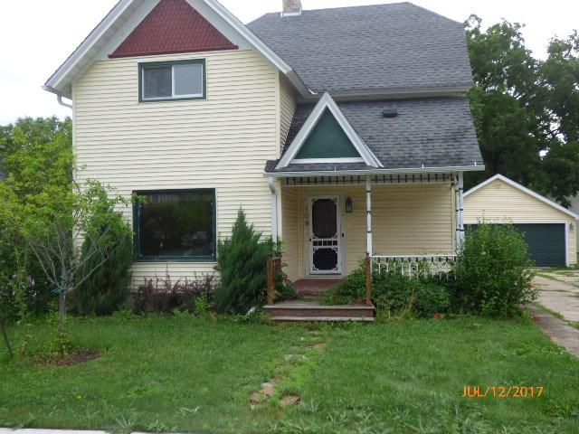 109 Grace St, Sharon, WI 53585