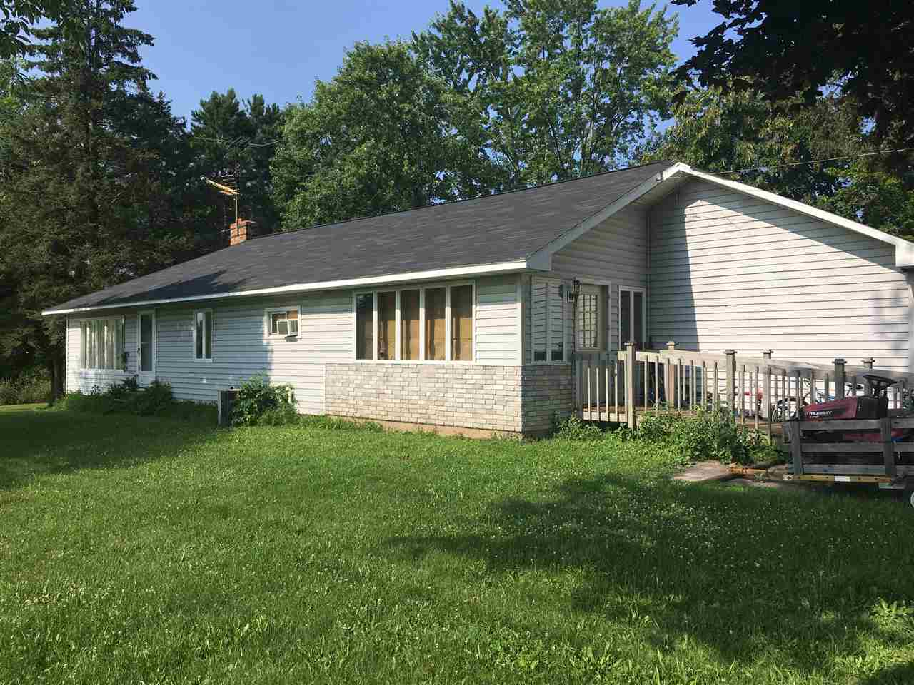 1704 N Superior Ave, Tomah, WI 54660