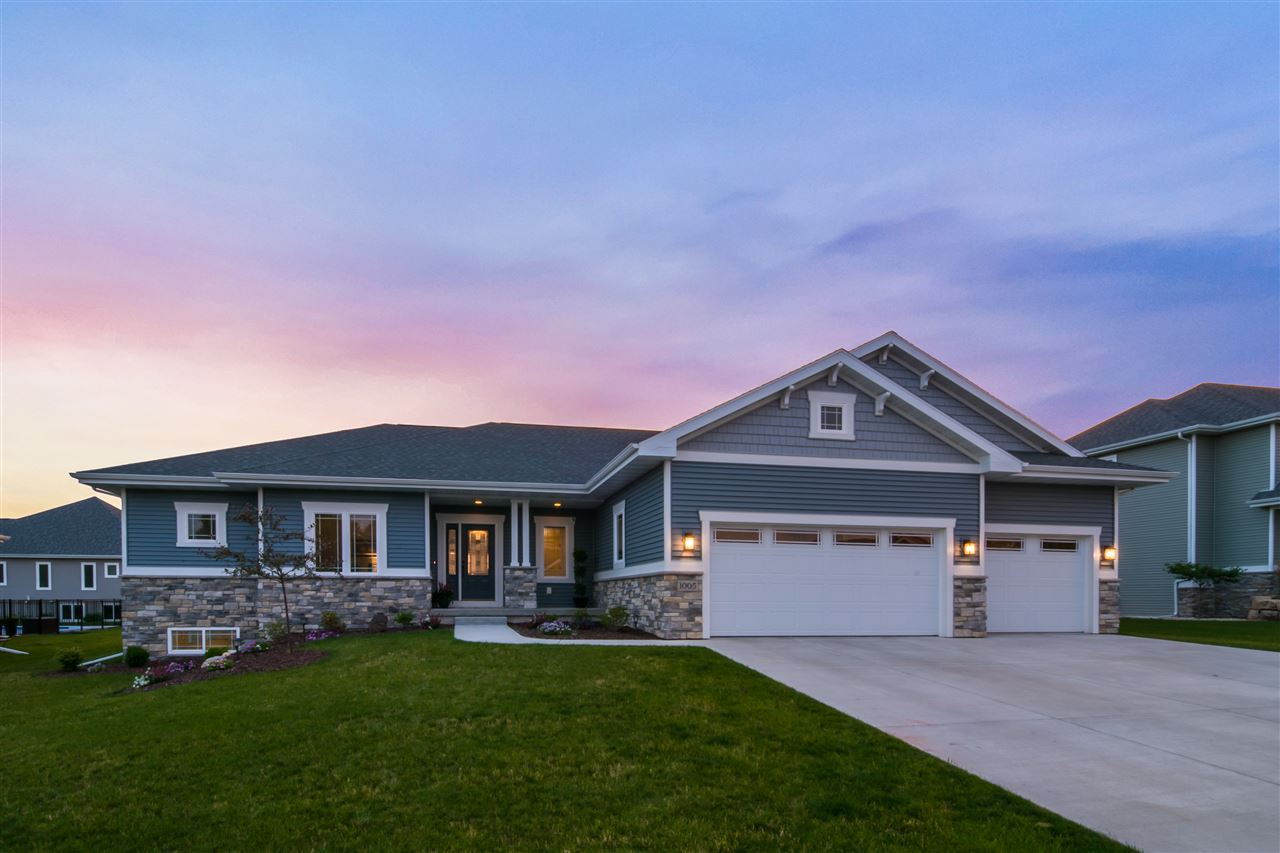 1005 DAMASCUS TR, Cottage Grove, WI 53527