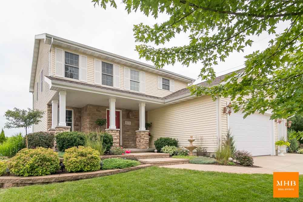 609 Stonefield Way, Mount Horeb, WI 53572