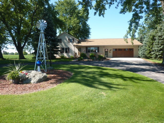 W231 County Road D, Fountain Prairie, WI 53925