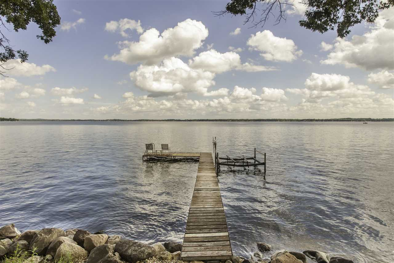 3431 Stoney Crest Rd, Dunn, WI 53558