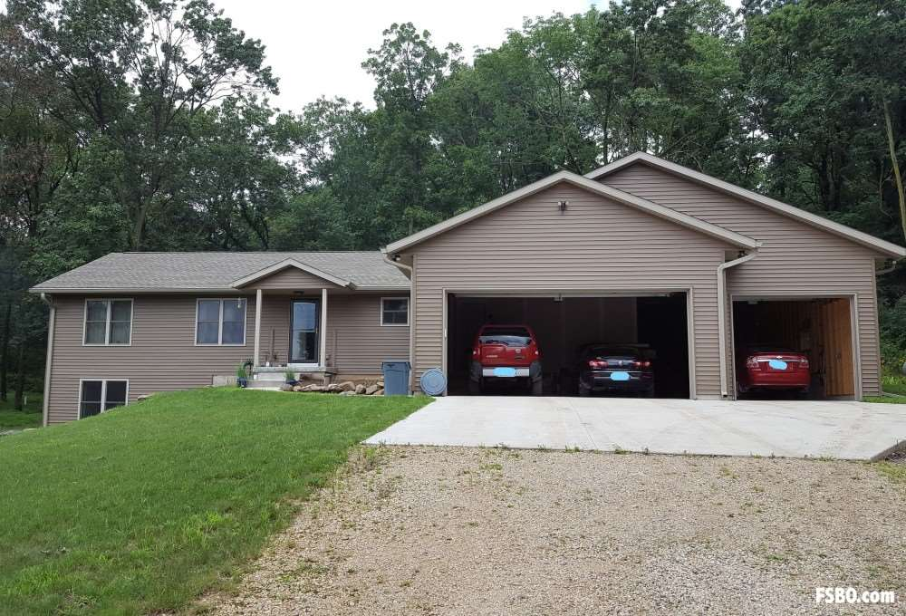 W5904 COUNTY ROAD B, Lowville, WI 53960