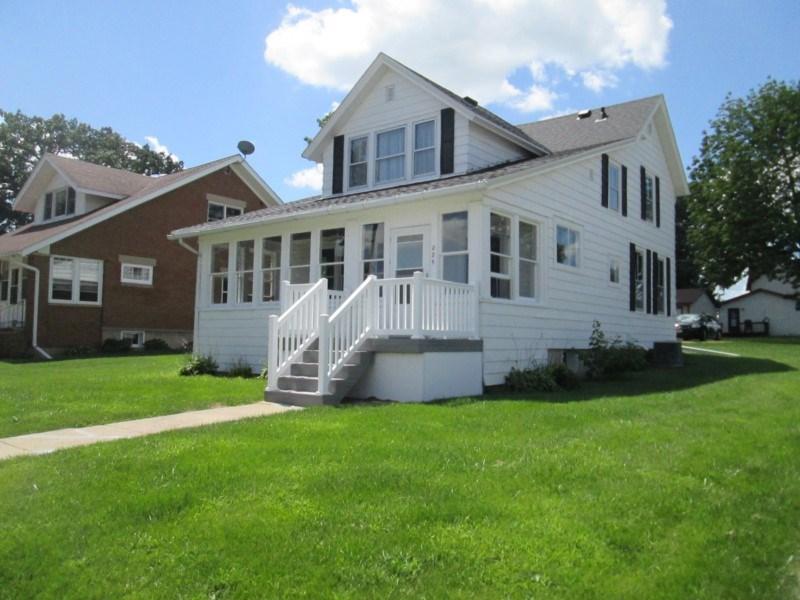 225 S Mound Ave, Belmont, WI 53510