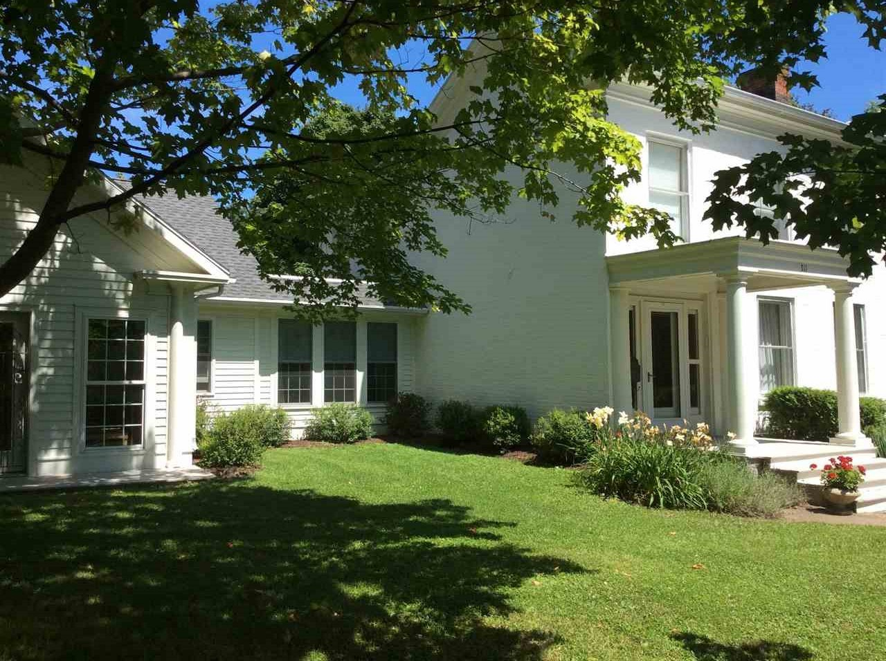 311 High St, Mineral Point, WI 53565