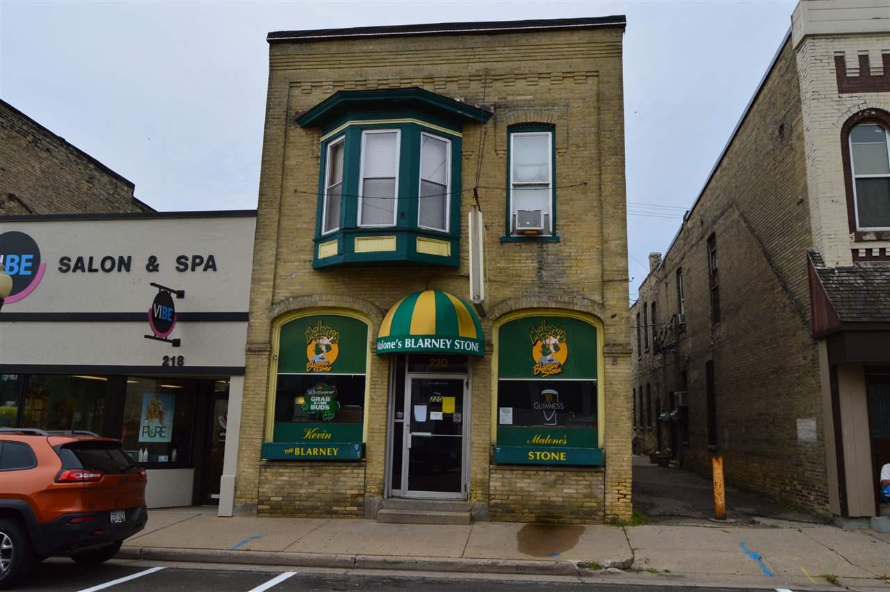 220 W Wisconsin St, Portage, WI 53901