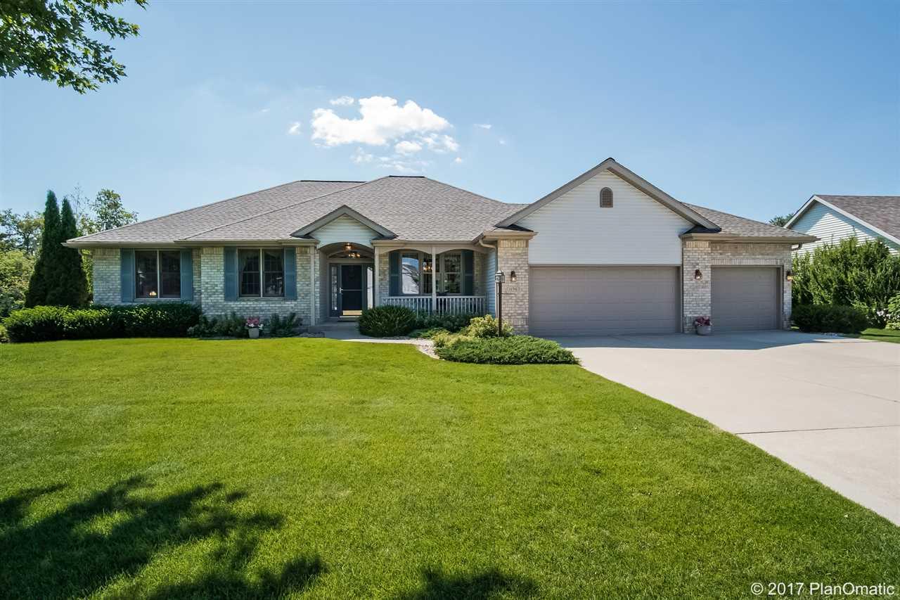 1196 DYNES WAY, Sun Prairie, WI 53590