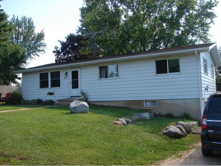 311 Cook-Grove Rd, Linden, WI 53553