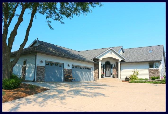N6757 WOODFIELD LN, Lake Mills, WI 53551