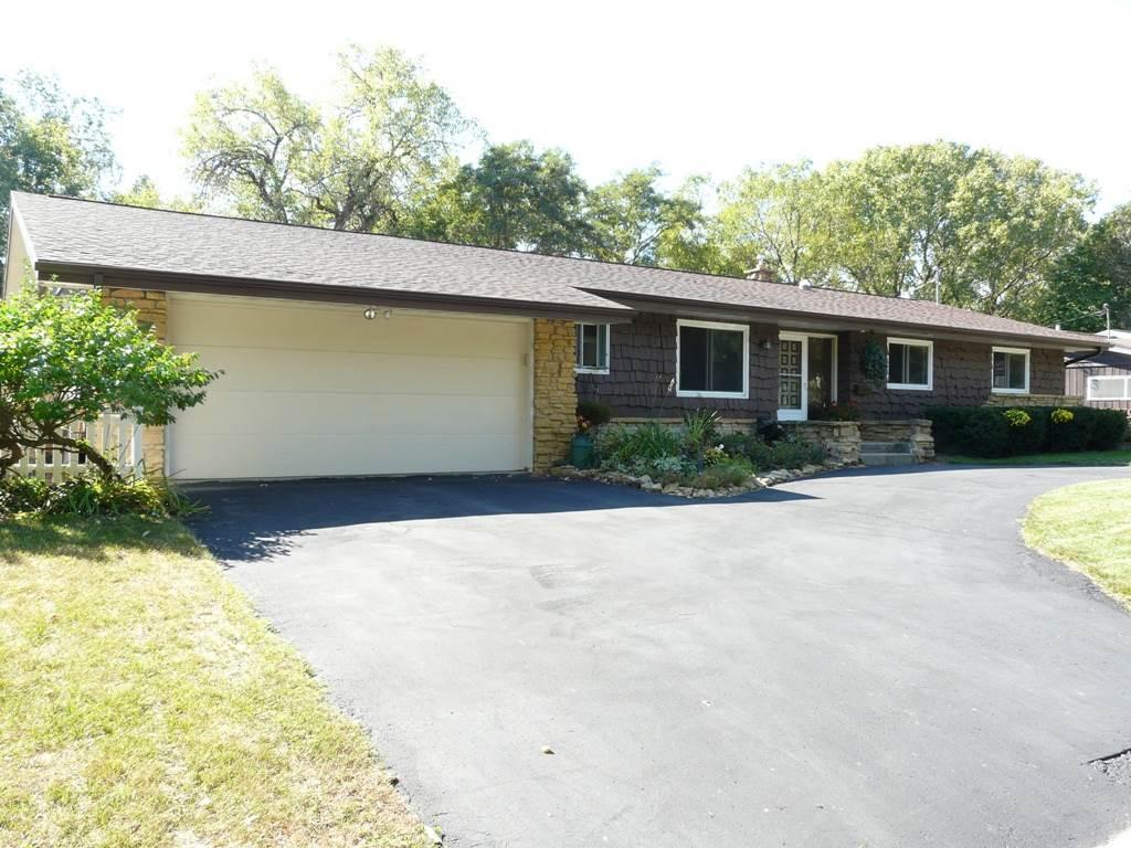 5317 Kingsbridge Rd, Madison, WI 53714