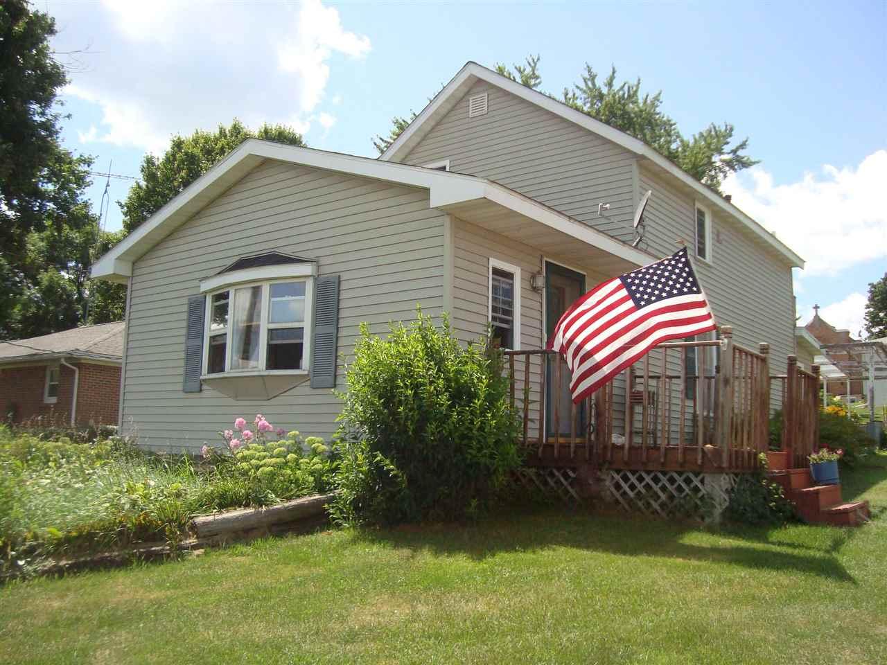 529 S Mill St, Bloomington, WI 53804