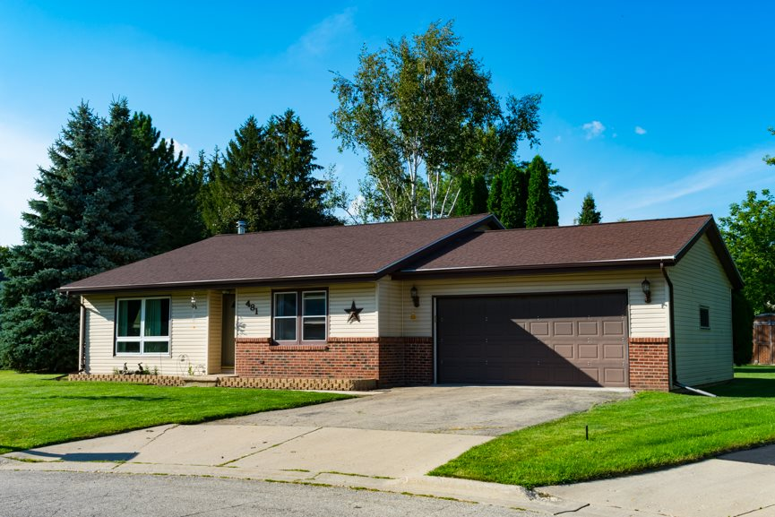481 Springbrook Ct, Mayville, WI 53050