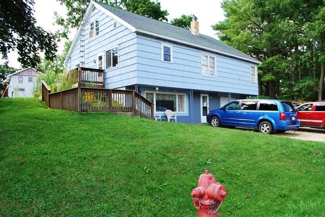 209 Oak St, Blanchardville, WI 53516
