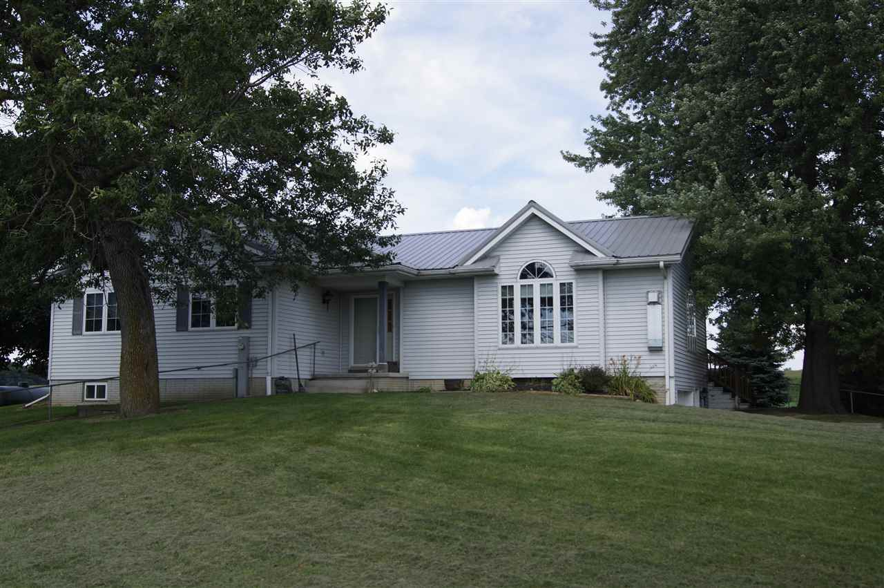 N1383 COUNTY ROAD G, Lowell, WI 53579