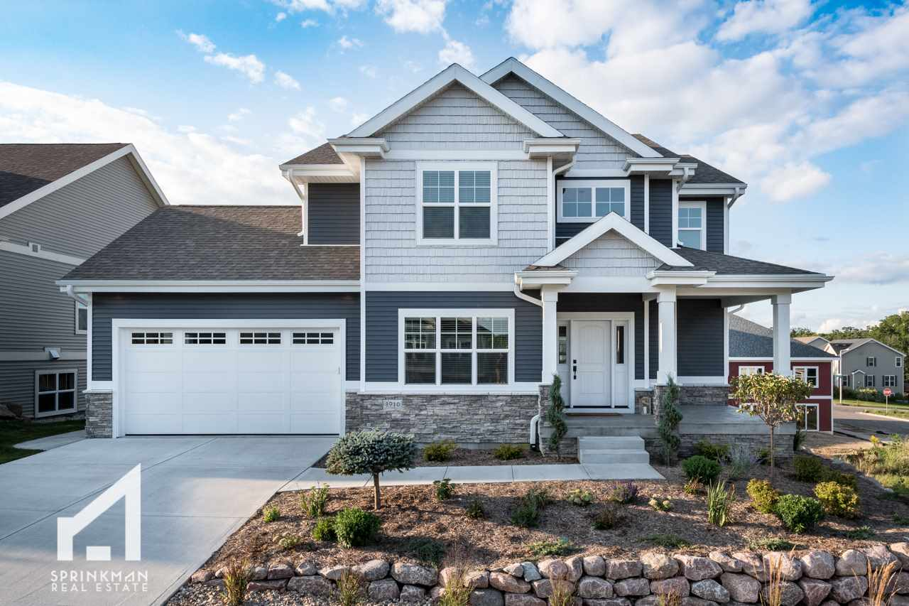 8910 Pine Hollow Pl, Madison, WI 53593