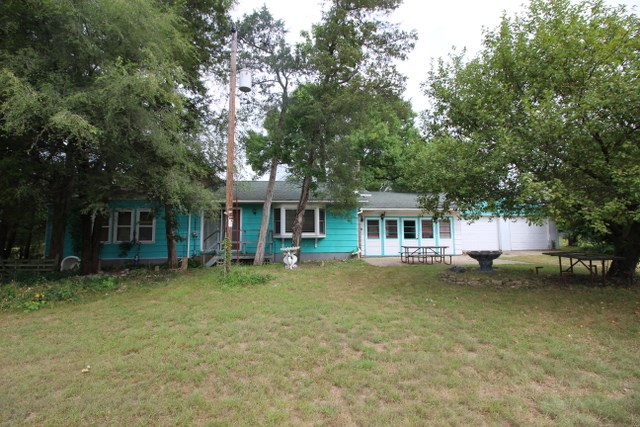 306 Clyde St, Avoca, WI 53506