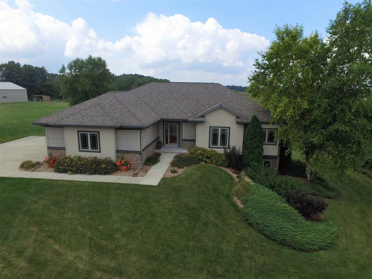 11230 E County Road N, Lima, WI 53190