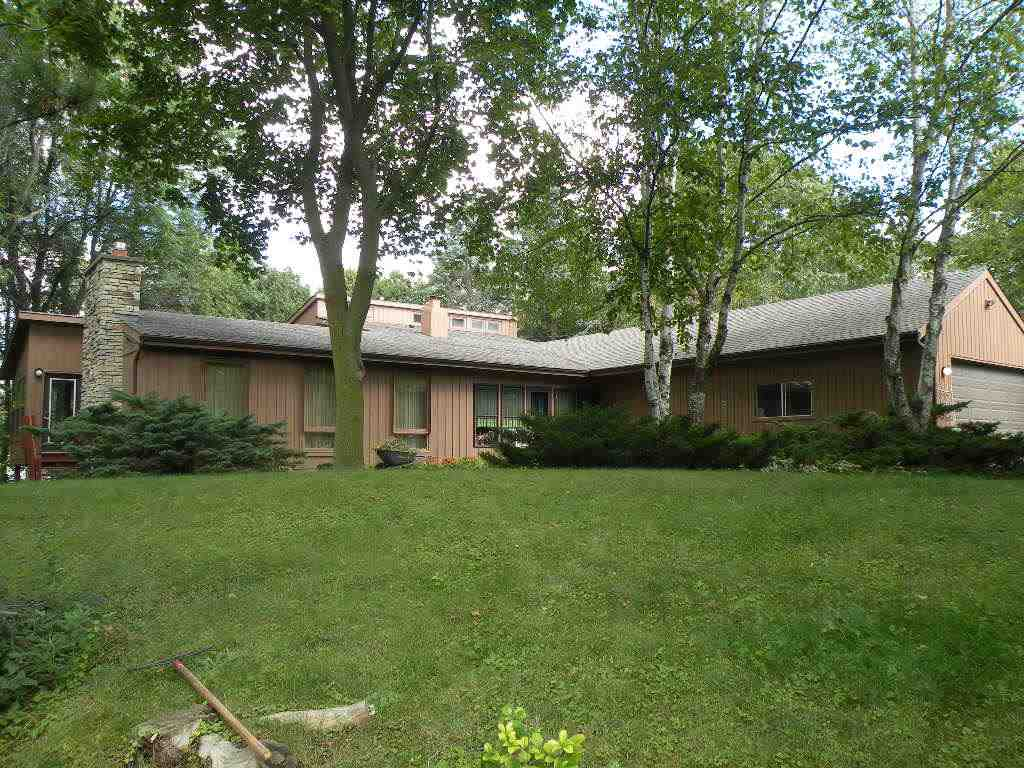 624 Sunset Cir, Ripon, WI 54971