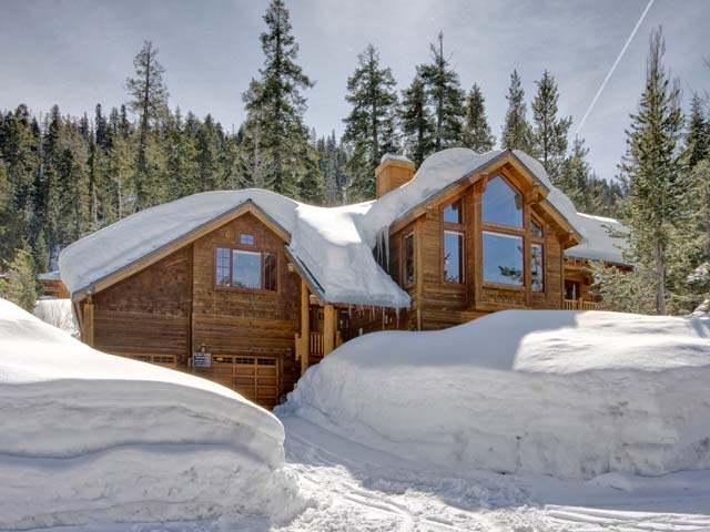 Casa Unifamiliar por un Venta en 1401 Pine Trail 1401 Pine Trail Alpine Meadows, California 96146 Estados Unidos