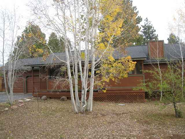 Additional photo for property listing at 10945 Whitehorse Road 10945 Whitehorse Road Truckee, California 96161 United States
